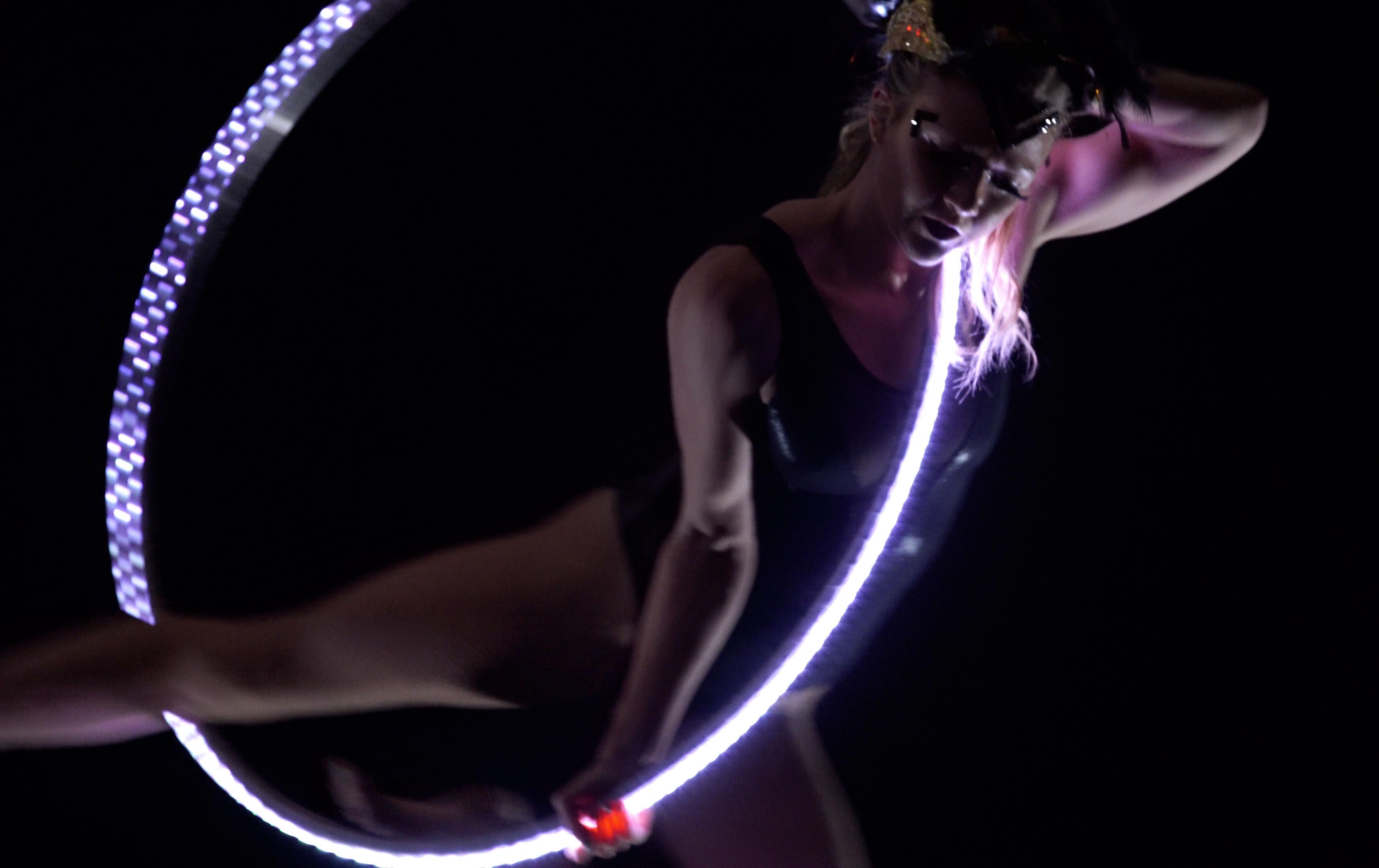 LED_Lyra_Liz_White3